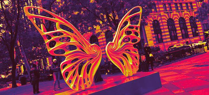 Socha krídel v New Yorku vzdáva poctu sile a odvahe transgender komunity